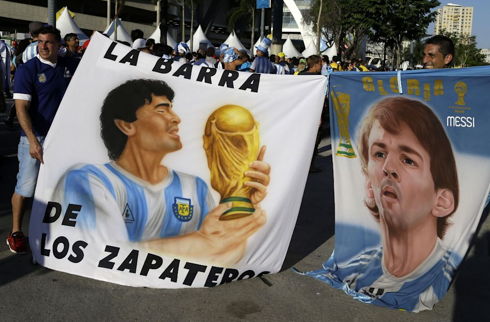 FIFA denies blocking Maradona from Maracana