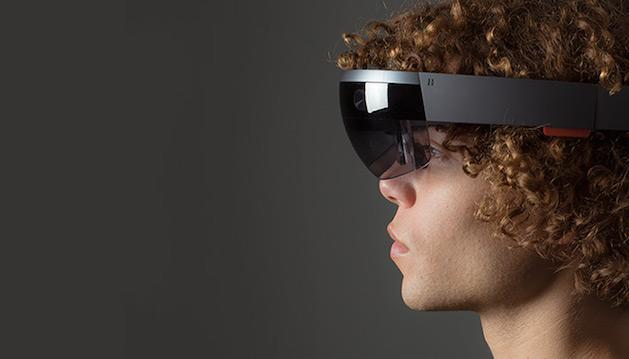 Microsoft isn't saying much about what's inside HoloLens