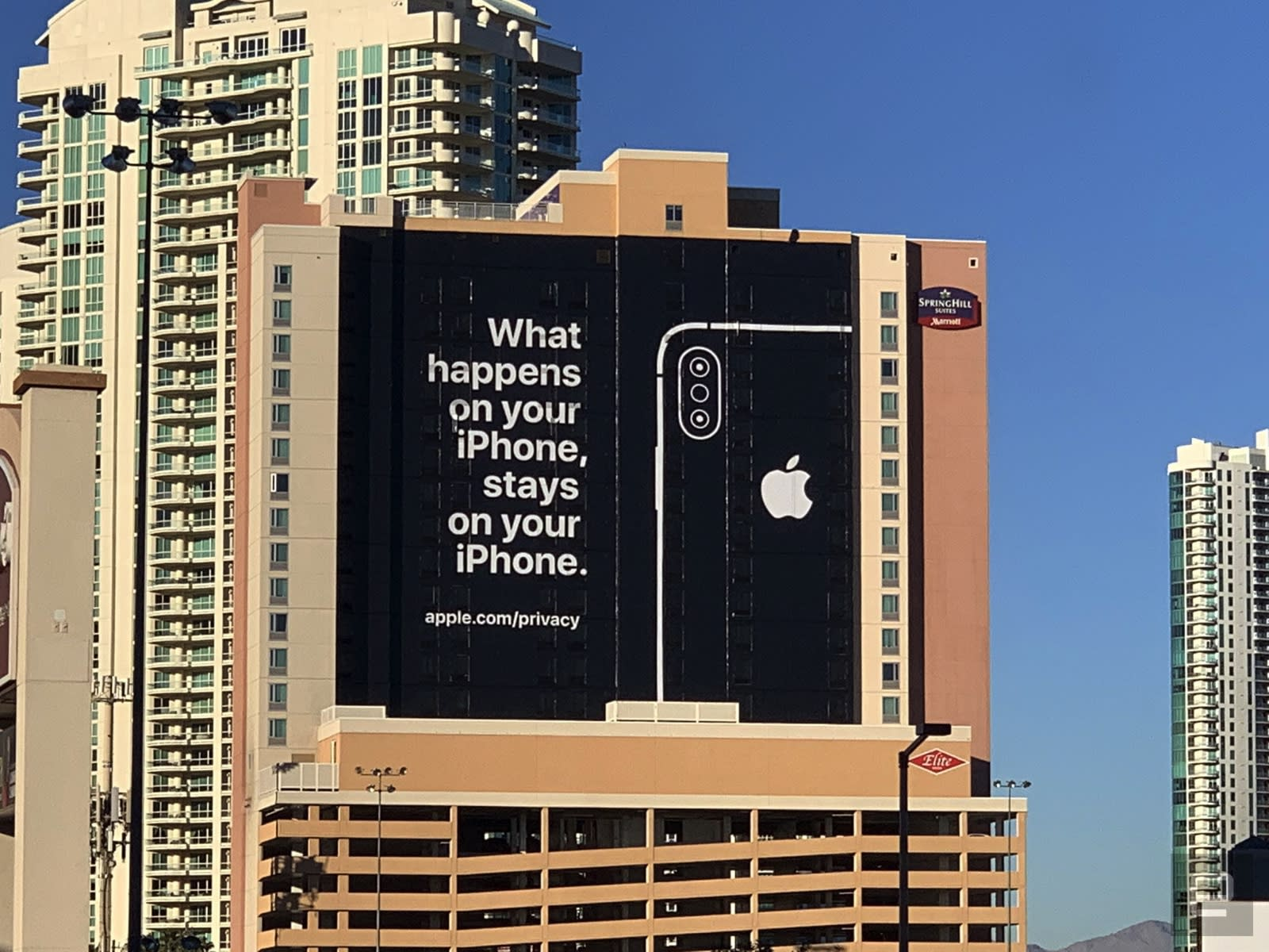 Apple took out a CES ad to troll its competitors over privacy | Engadget