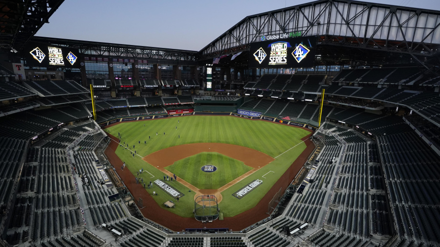 Stadium expert isn't high on World Series host
