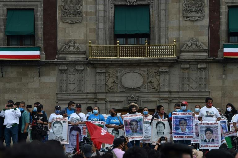 Demonstrators in Mexico City mark the sixth year of the disappearance of 43 students of the teaching training school in Ayotzinapa on September 26, 2020