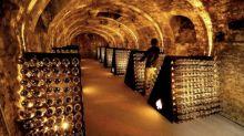 El coronavirus provoca una feroz batalla en la industria francesa del champán