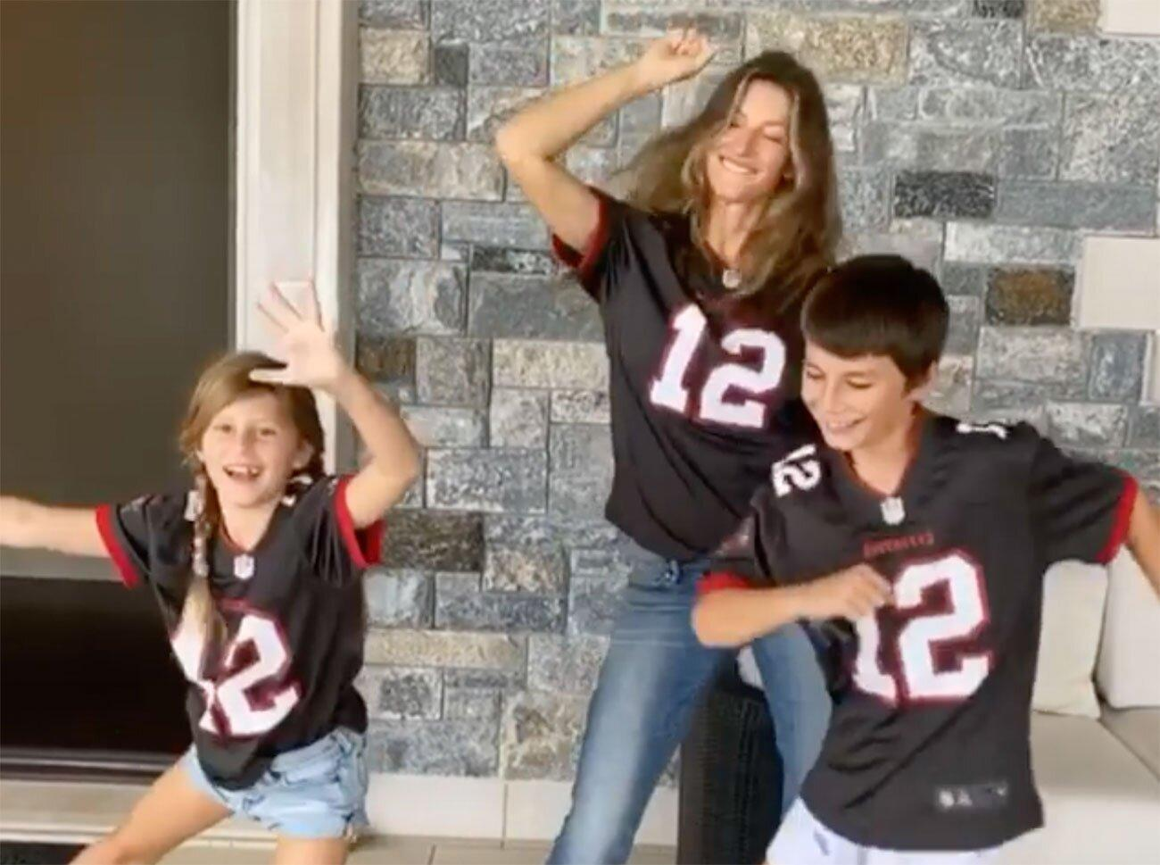 Gisele Bundchen And Her Kids Cheer On Tom Brady From Home In Buccaneers Jerseys Let S Go Papa