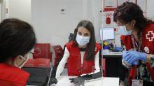 Coronakrise: Hier hilft Königin Letizia von Spanien dem Roten Kreuz
