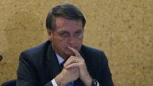 Pressão para Bolsonaro desistir de Kássio no STF inclui até mensagens de aliados em seu WhatsApp