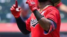 Reyes nearly hits bicyclist with homer in Indians' win