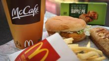 If McDonald's uses frozen chicken it can't compete with Popeyes and Chick-fil-A, JPMorgan says