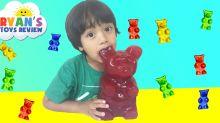 Tiene 6 años y genera 11 millones de dólares al año haciendo reviews de juguetes en YouTube