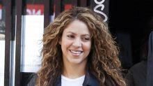Shakira aprovecha los días de aislamiento para estudiar filosofía