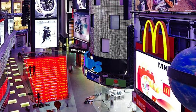 Philips helps to re-create Times Square in a Moscow shopping mall