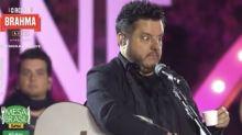 """Com """"fama de bêbados"""", Bruno e Marrone tomam """"chá"""" em nova live"""