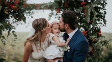 Manuel Carrasco y Almudena Navalón comparten el álbum de fotos de su boda