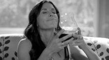 Ecco perché in realtà dovremmo tutti bere più vino