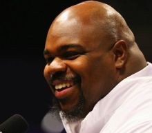 Vince Wilfork finally gets to tailgate before Patriots host Texans