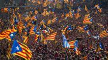 Borse deboli dopo voto in Catalogna. Tanti dati macro Usa oggi