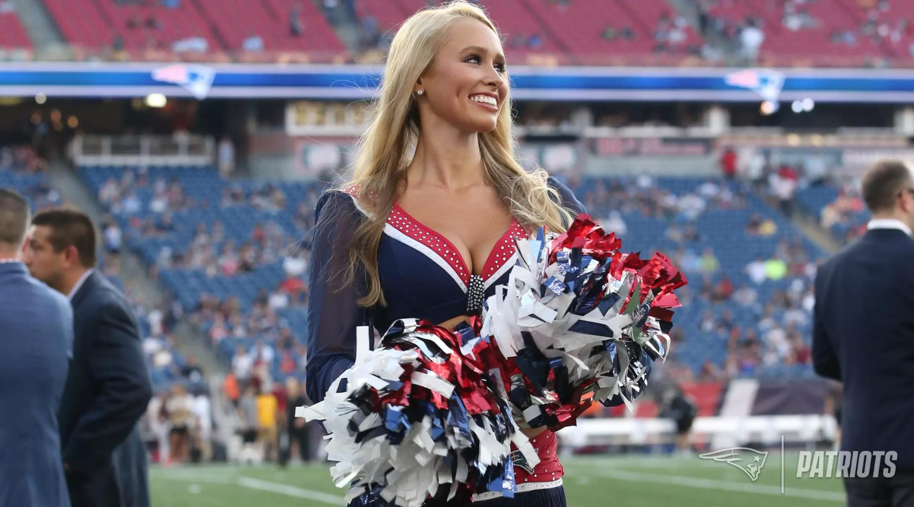 Patriots cheerleader who survived cancer will sing national anthem