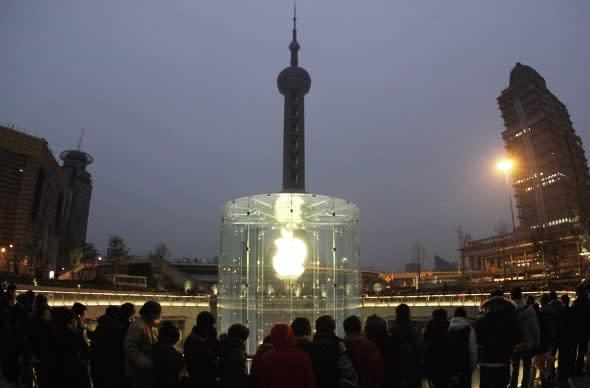 Apple patents Shanghai Apple Store's glass cylinder entryway