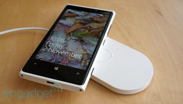 AT&T prices Lumia 920 and 8GB HTC 8X at $100, Lumia 820 at $50, Nokias due on Friday