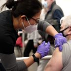 US going in 'wrong direction' and COVID surge could continue unless more people get vaccinated, Fauci warns: Live COVID updates