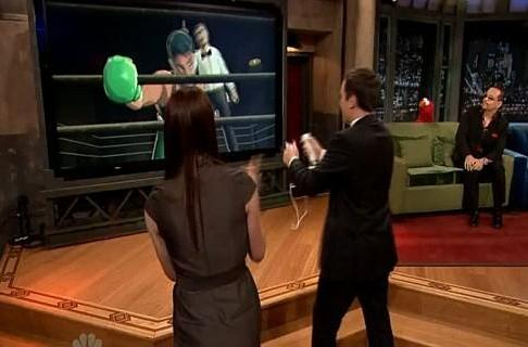Morgan Webb plays Punch-Out!! with Jimmy Fallon