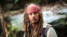 Johnny Depp visits sick children dressed as Jack Sparrow