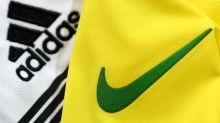 Football : Nike et Adidas dépensent toujours plus pour sponsoriser les équipes, mais paient de moins en moins les ouvriers