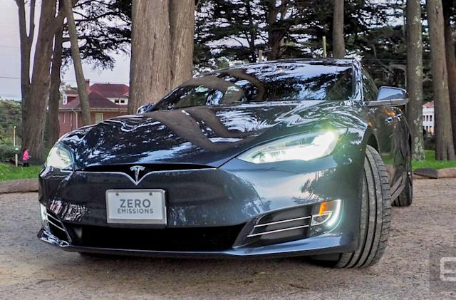 Tesla Model S safety concerns cost it Consumer Reports' top rating