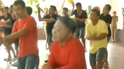 Raw: Thai Inmates dance to