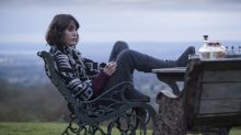 Lizzy Caplan returns to her dark comedy roots in 'Ill Behavior'