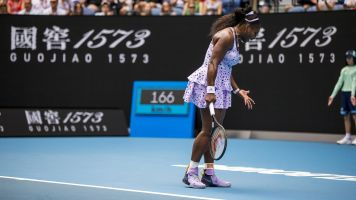 Serena ousted in third round of Australian Open