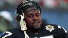 Former Steelers All-Pro Carlton Haselrig dies at 54