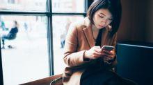 Ajouter un 'x' (bisou) à la fin d'un SMS : une technique de drague ?