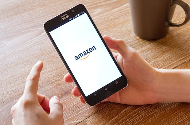 Amazon allows Australians to shop from its US store again