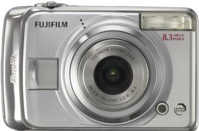 Fujifilm's FinePix A820 and A900 for consumers