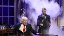 'Saturday Night Live' recap: A-caroling Trump will go