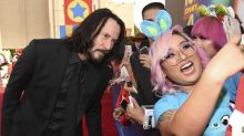 Keanu Reeves praised for his 'respectful' photos with female fans