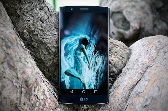 Owners of bricked G4 and V10 phones sue LG