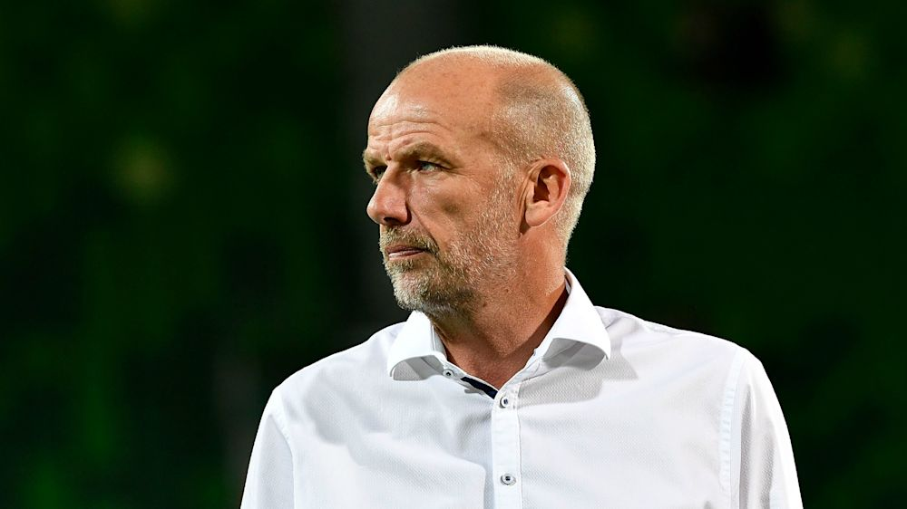Kenny Lowe: 'Can't fault' my boys in Reds draw