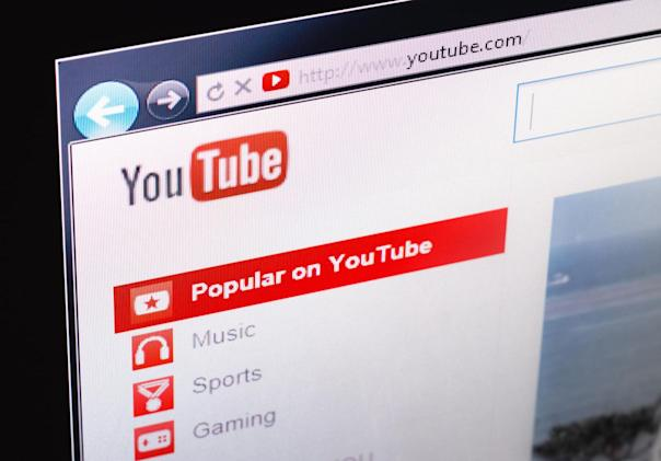 Parent groups say YouTube defies underage data-collection laws