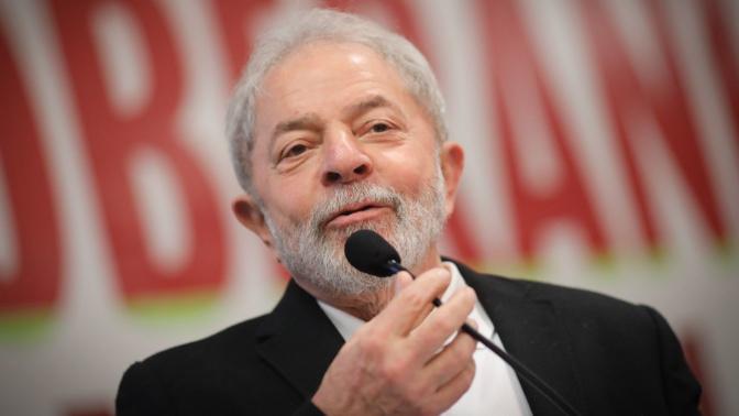 """Lula quer """"referendo"""" sobre reformas em 2018"""