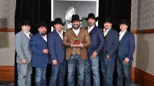 Cinco miembros de Intocable están enfermos de coronavirus, confirma su vocalista Ricky Muñoz