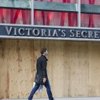 Victoria's Secret to close 250 stores, Macy's warns of $1B quarterly loss