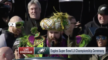 Jason Kelce lost his mind airing grievances at Eagles parade, and it was amazing