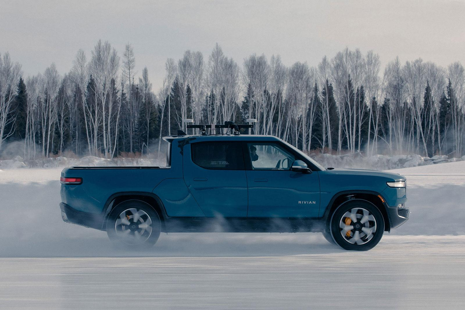Watch Rivian test its R1T electric truck in extreme cold weather | Engadget