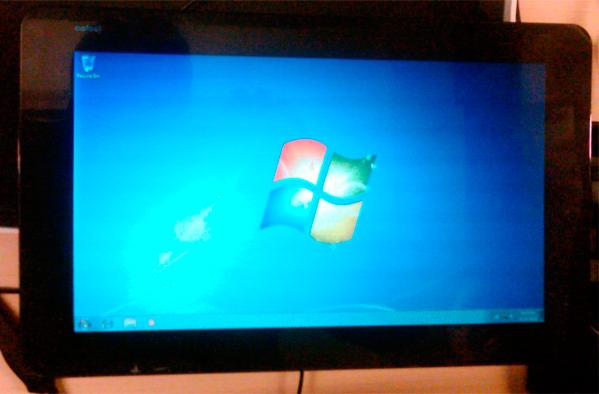 Modder installs Windows 7 onto JooJoo tablet, gets touch working (video)