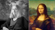 Fotógrafa de 65 años recreó pinturas famosas con hilarantes autorretratos en blanco y negro