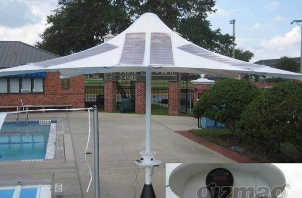 Solar paneled umbrella will charge your gadgets while you hang in the sun