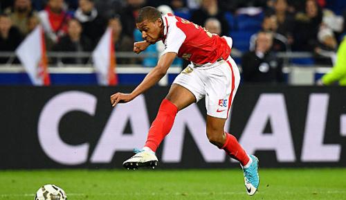 Ligue 1: Mbappe trotz Barca-Demütigung von PSG angetan