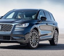 The 2020 Lincoln Corsair Is a Refreshingly Unsporty Compact Luxury SUV