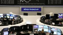 European shares dip, banks and Boeing suppliers in focus